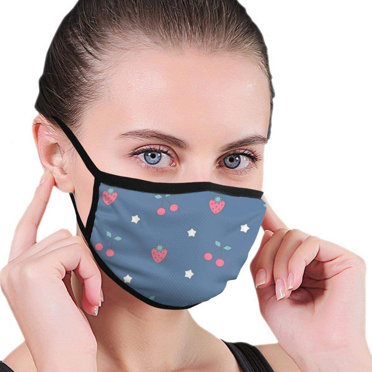 Anti Dust Breathable Face Mouth Mask Cute Lovely Strawberries Washable Face Mask for Cycling Camping Travel