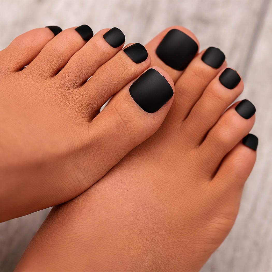 Campsis Matte Fake Toe Nails Pure Color Full Cover False Toe Nails Square Toe Nails Art Aritificial Nail Tips Press on Nail Summer Party Beach for Women and Girls Pack of 24 (black)