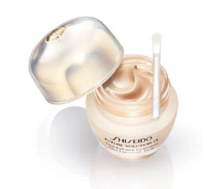 Shiseido FUTURE SOLUTION LX Total Radiance Foundation # I40 Natutal Fair Ivory 30ml