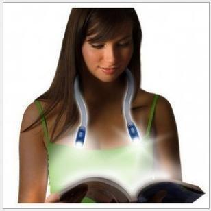 Portable Reading Light Maic Lighting Lamp Flexible LED FlashLight Huglight Handsfree Neck Reading Book Lights Torch-Color Random
