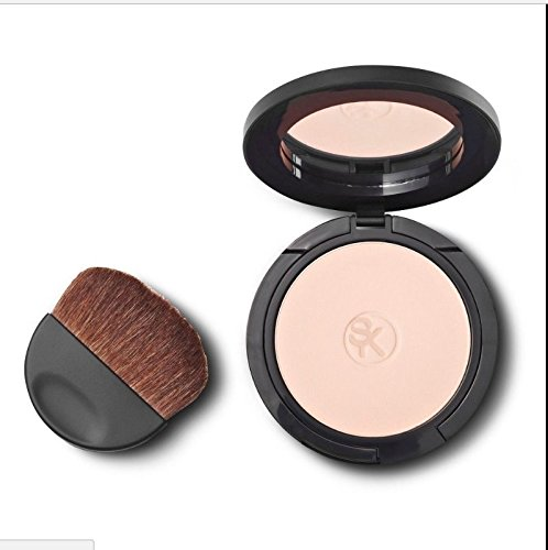 Sonia Kashuk Undetectable Pressed Powder #01 Light With Brush