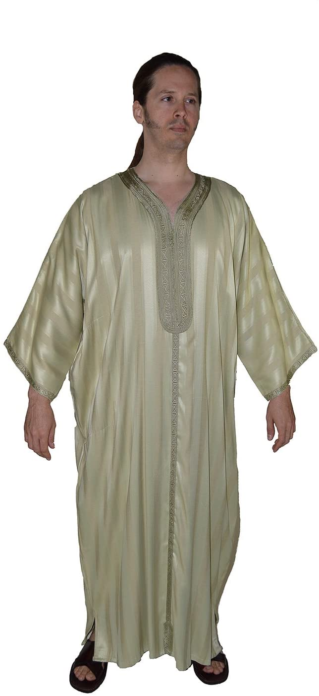 Moroccan Men Dress Caftan Handmade With Embroidery Tread Long Sleeve Light Green