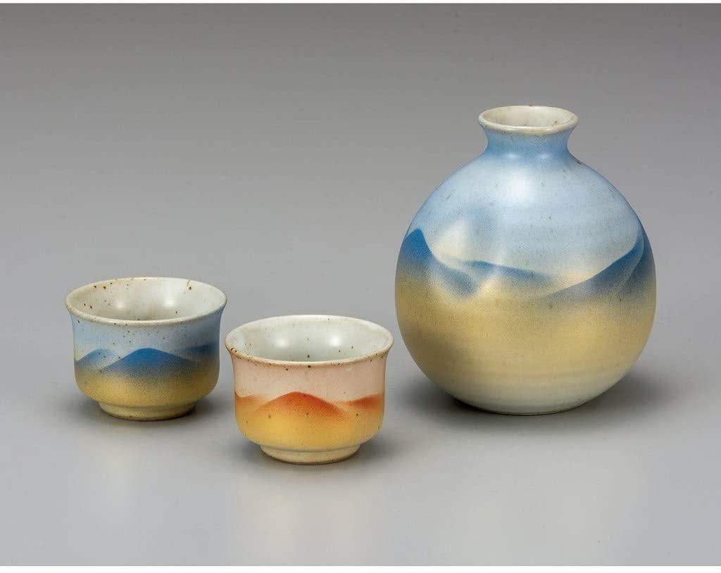 Sake assortment tokkuri bottel and cups. Gold mountains.Japanese porcelain Kutani ware. Tableware. ktn-k6-1170