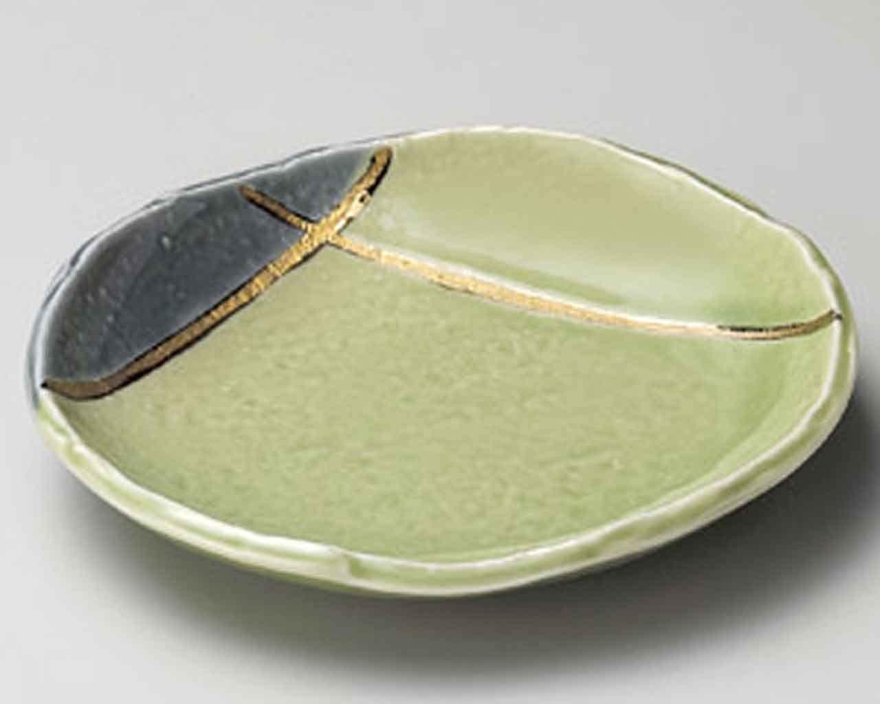 Wakakusa Kinsai Gold 5inch Small Plate Green porcelain Made in Japan