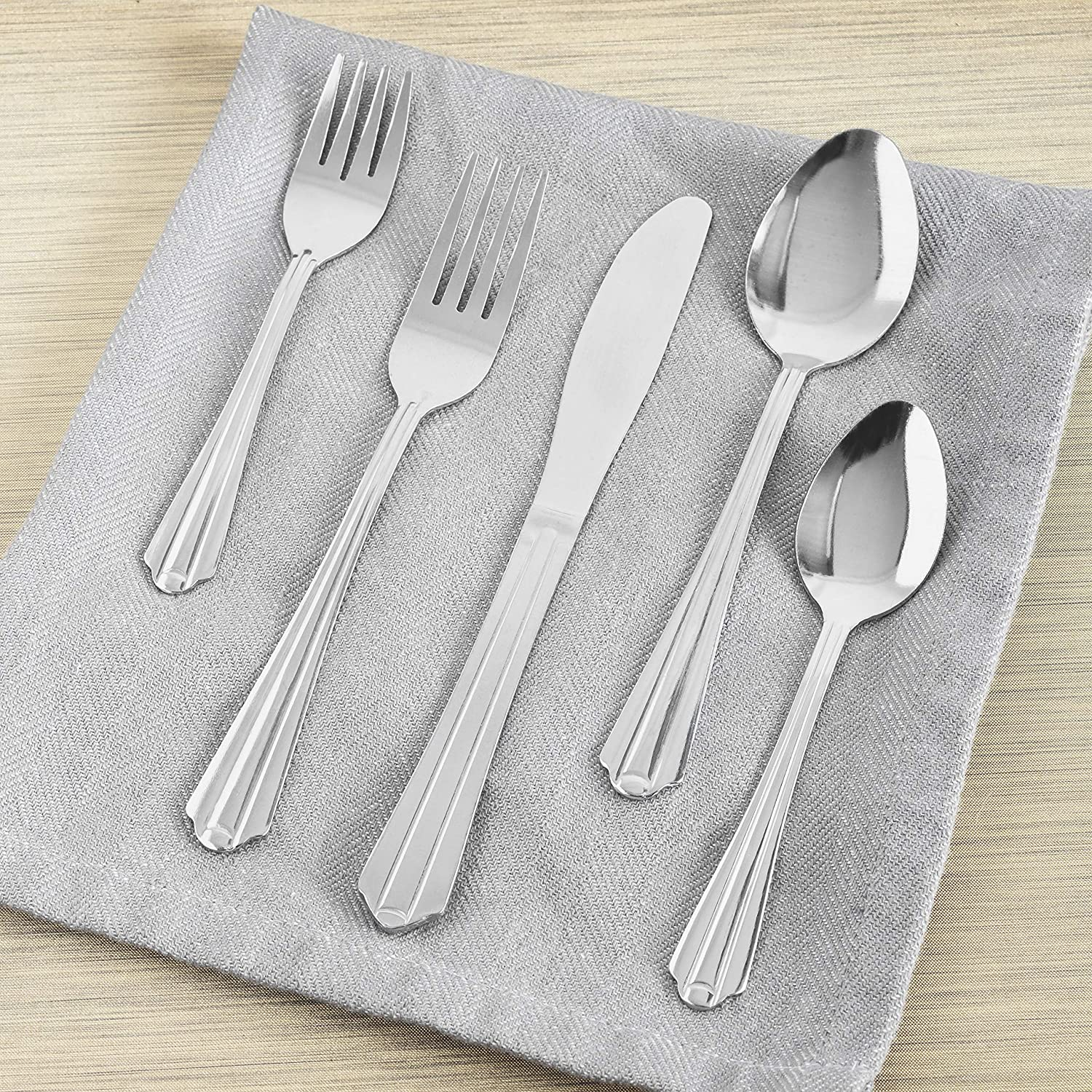 Home Basics Flatware, Stainless Steel (Avery) 20 Piece Cutlery Set, 7.62