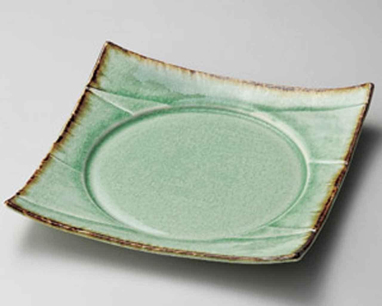 Suigyoku 6.9inch Set of 2 Medium Plates Green porcelain Made in Japan