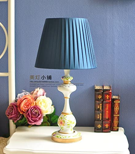 The head of the european style bedroom lamp village lamps American Garden Lamp American country decor lamps, sect. F