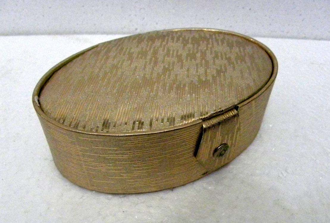 Sunrise Exporters Indian Handmade Bangles An Jewellery Box Round 2 Part Size:- (Inche) 7.75x5.5x2.5