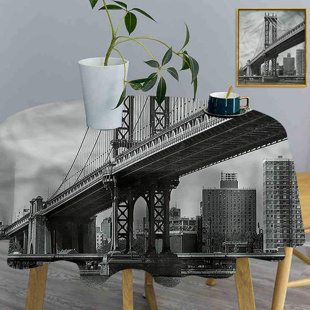 ThinkingPower Table Cloths New York, Bridge in New York City Decorative Table Desk Cover for Dining Room Party Outdoor Picnic (Diameter54 Inch)