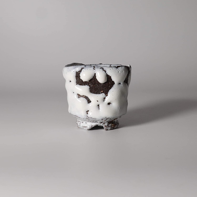 White guinomi sake cup made by Kiyoshi Yamato with wooden box.Japanese pottery Hagi ware.