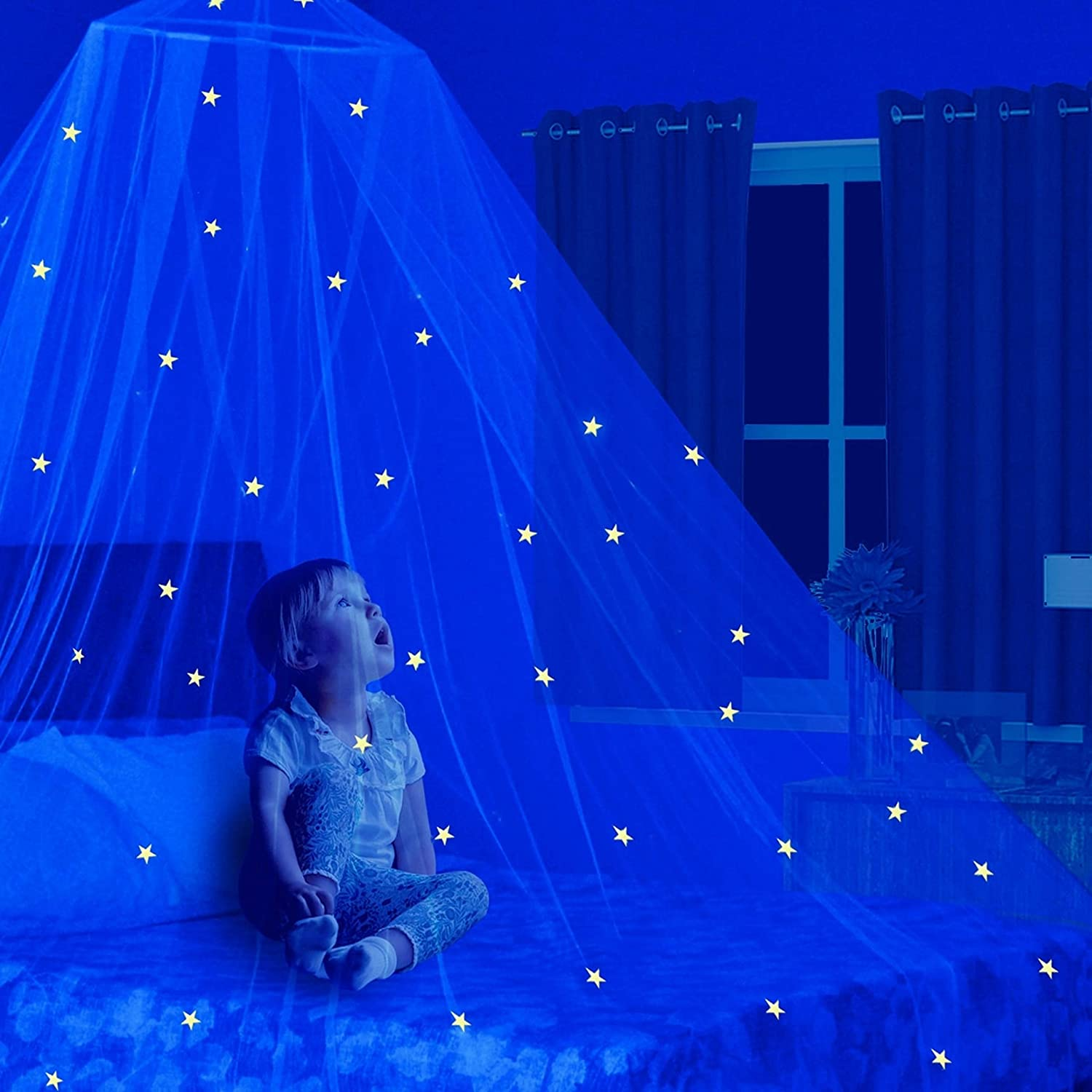 Stars Glow in the Dark Kids Bed Canopy Baby Crib Play Tent Fairy Light Stars Large Mosquito Net