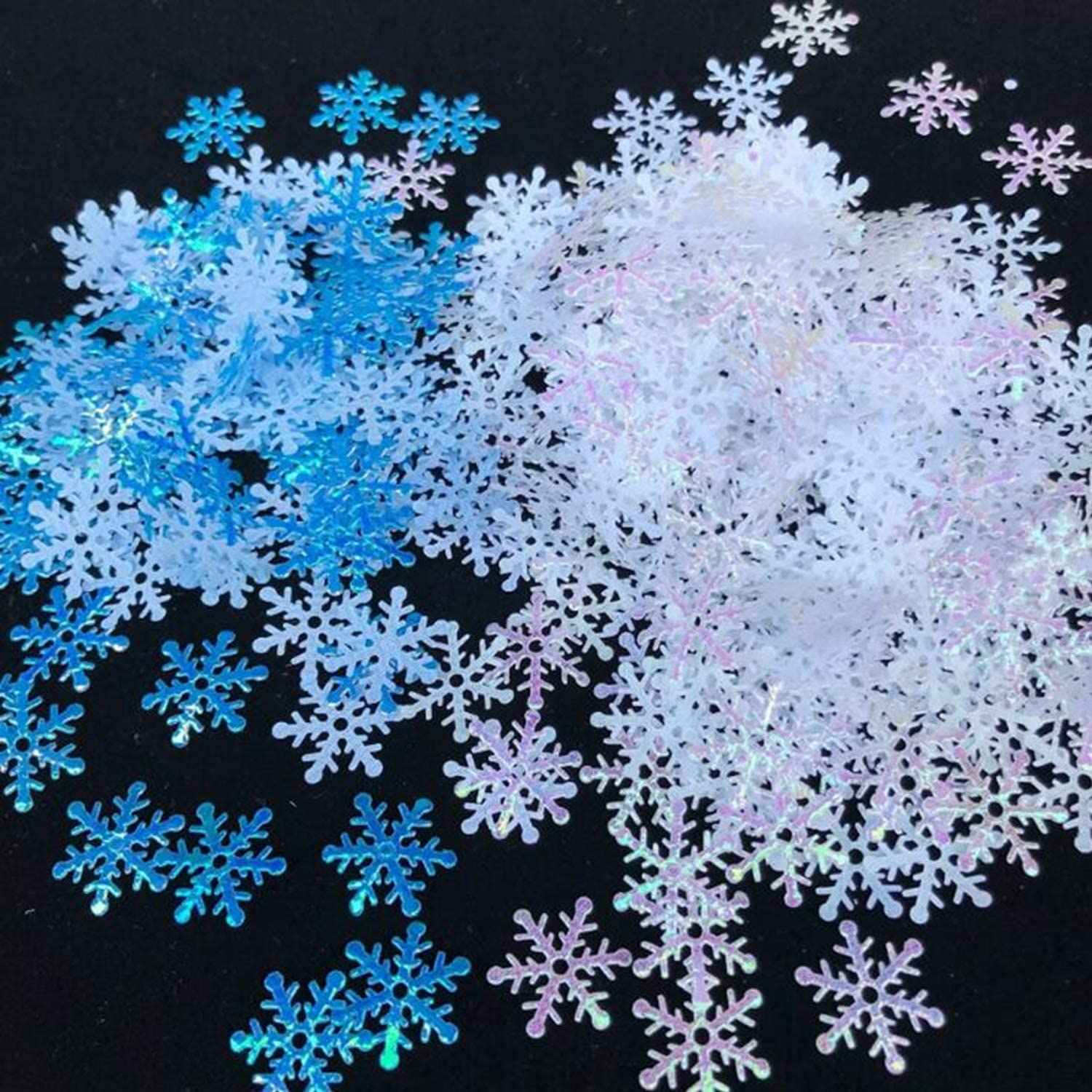 OuMuaMua 1200Pcs Snowflakes Confetti Decorations for Christmas - White and Blue Winter Confetti Snow Party Pack for Wedding Birthday Holiday Party Table Decorations Supplies