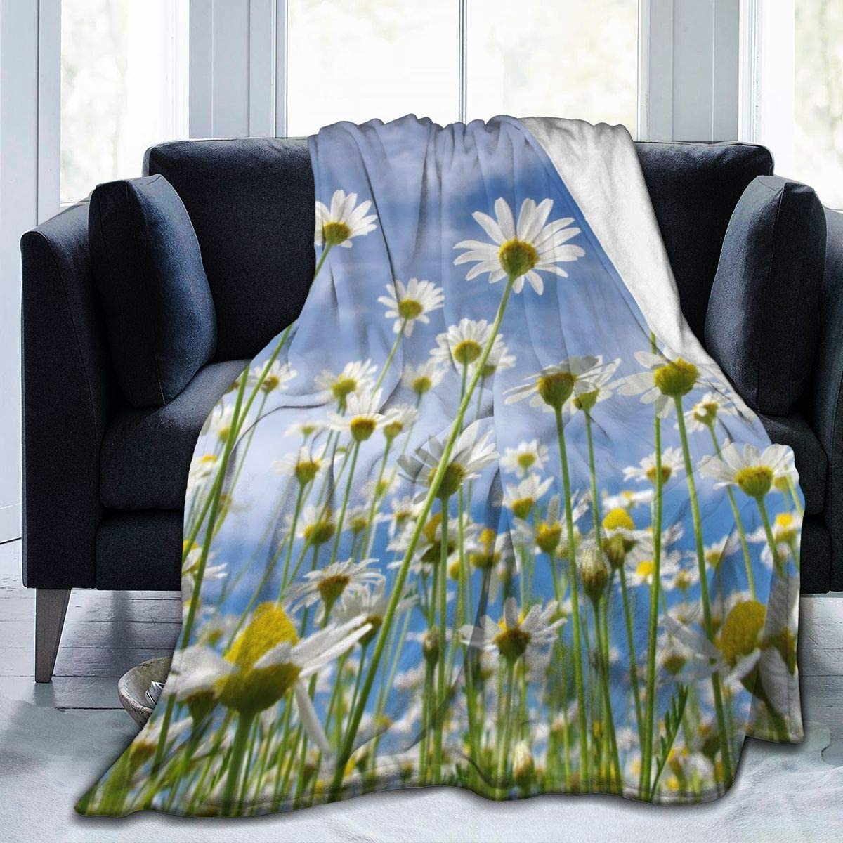 Micro Fleece Plush Soft Baby Blanket Beautiful Cute White Daisies Floral Flowers Fluffy Warm Toddler Bed/Crib Blanket Lightweight Flannel Daycare Nap Kids Sleeping Tummy Time Throw Blanket Girls Boy K