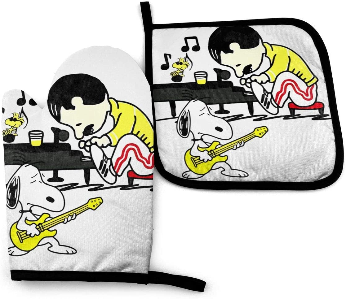 Freddiemercury Playing Piano Snopy Playing Guitar Oven Glove and Pot Holder Set for Grill Cooking (2-Piece Sets)