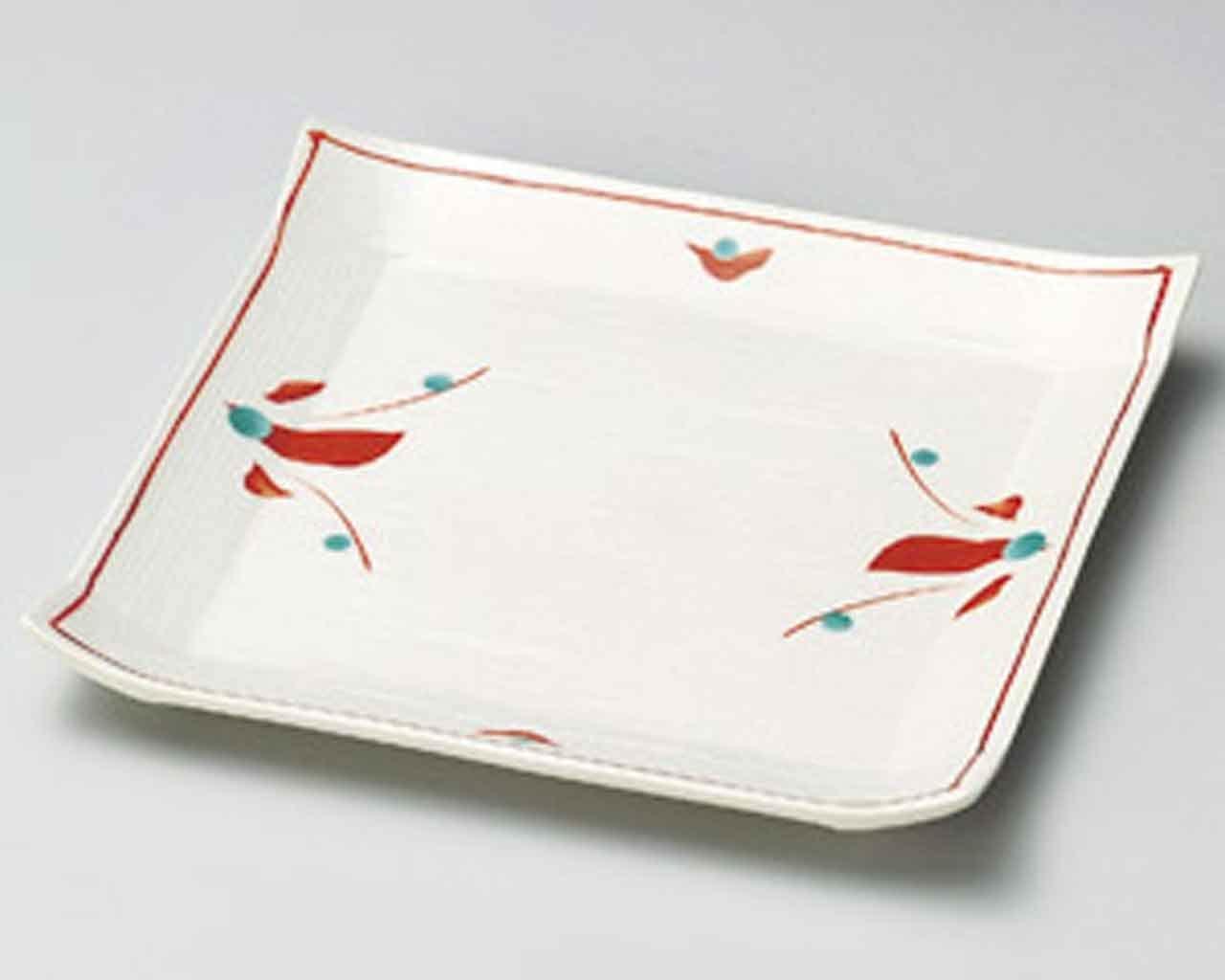 Akae Flower 6.5inch Set of 2 Small Plates White Ceramic Made in Japan