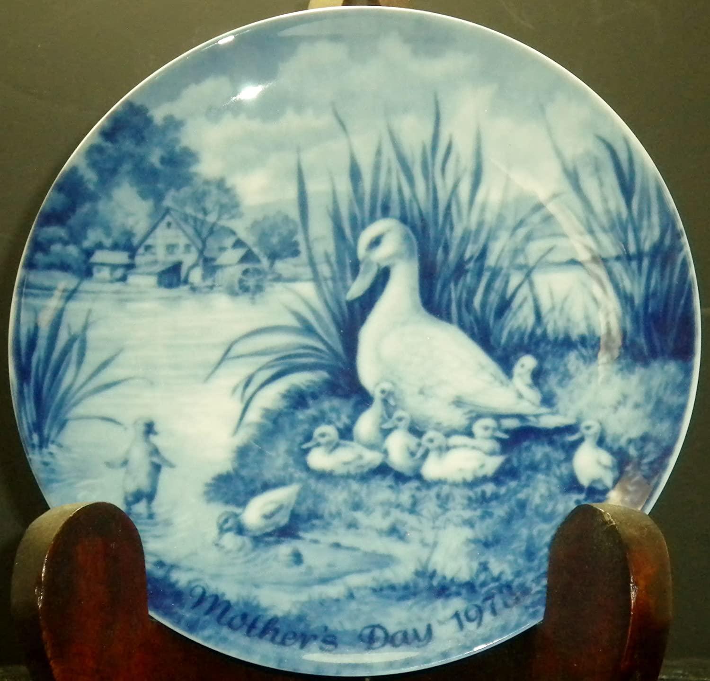 Bing & Grondahl 1973 Mothers Day Plate (Ducks)