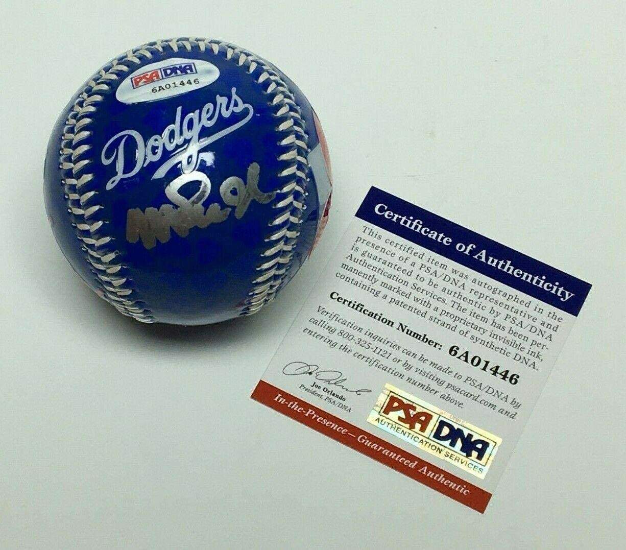 Magic Johnson Signed Lois Angeles Dodgers Baseball *Lakers HOF/MVP 6A01446 - PSA/DNA Certified - NBA Autographed Miscellaneous Items