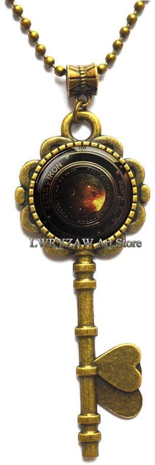 Camera Pendant, Camera Lens Key Necklace, Camera Lens Pendant, Photographer Jewelry Photography Gift, Old Camera, Key Necklace for Men,M331