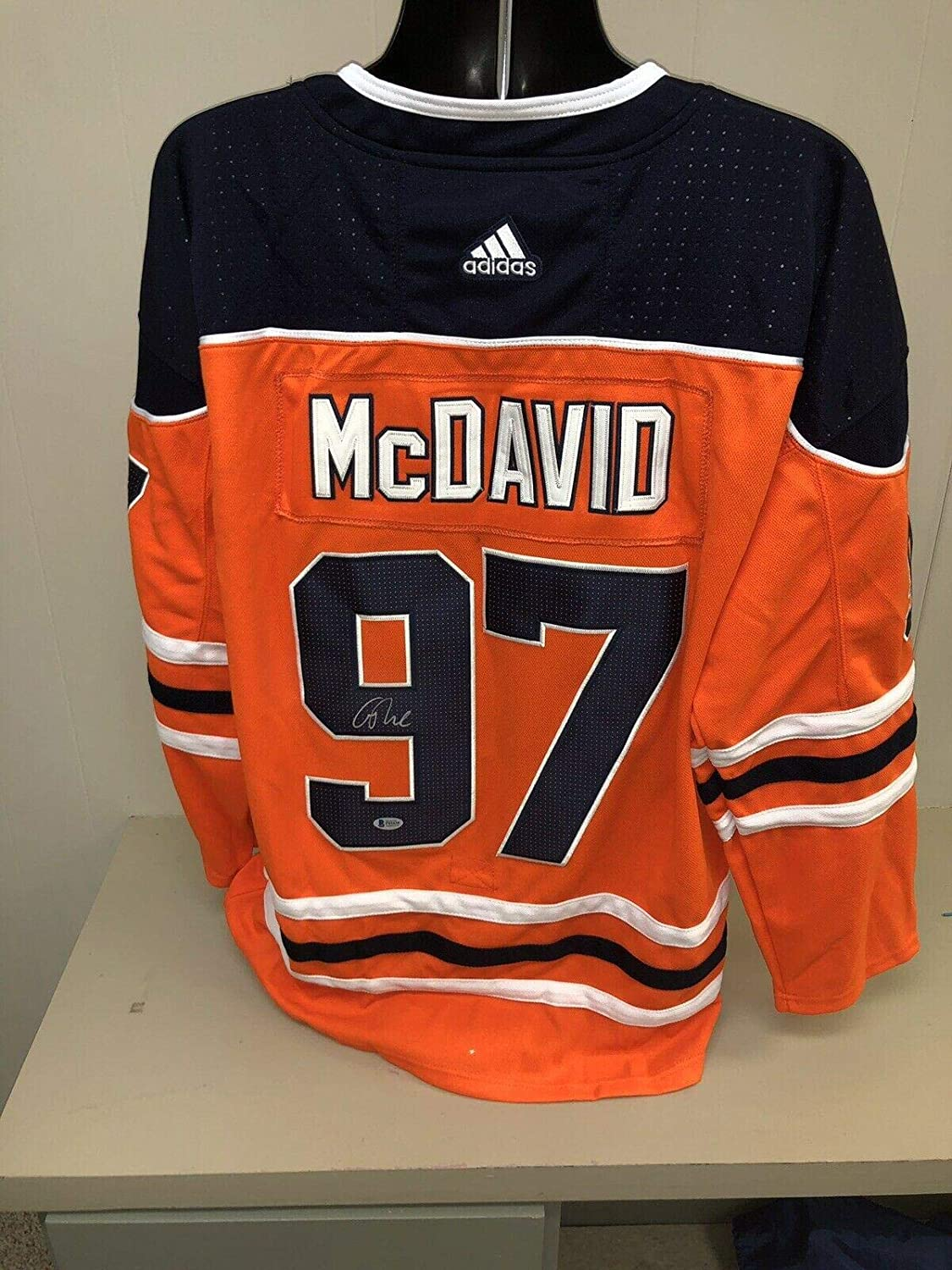 Conor Mcdavid Signed Edmonton Oilers Jersey Beckett Bas - Beckett Authentication - Autographed NHL Jerseys