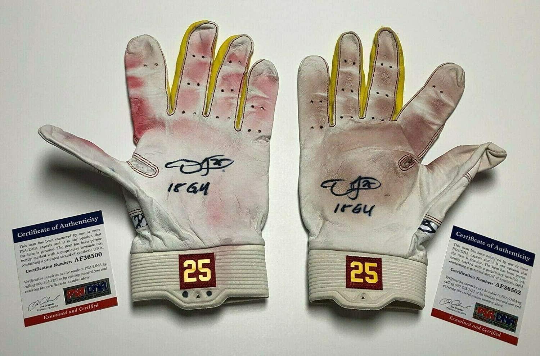Dexter Fowler Signed Cardinals Game Used Baseball Batting Gloves 2518 GU - PSA/DNA Certified - MLB Game Used Gloves