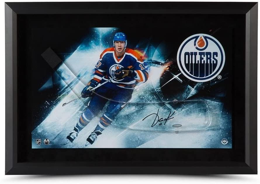 Jari Kurri Autographed Stick Blade with Edmonton Oilers Picture