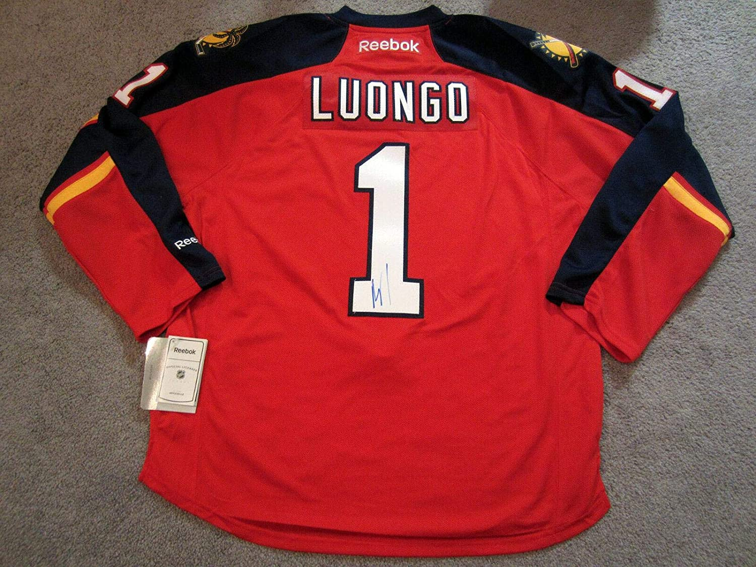 Roberto Luongo Autographed Jersey - Home w COA New Large - Beckett Authentication - Autographed NHL Jerseys