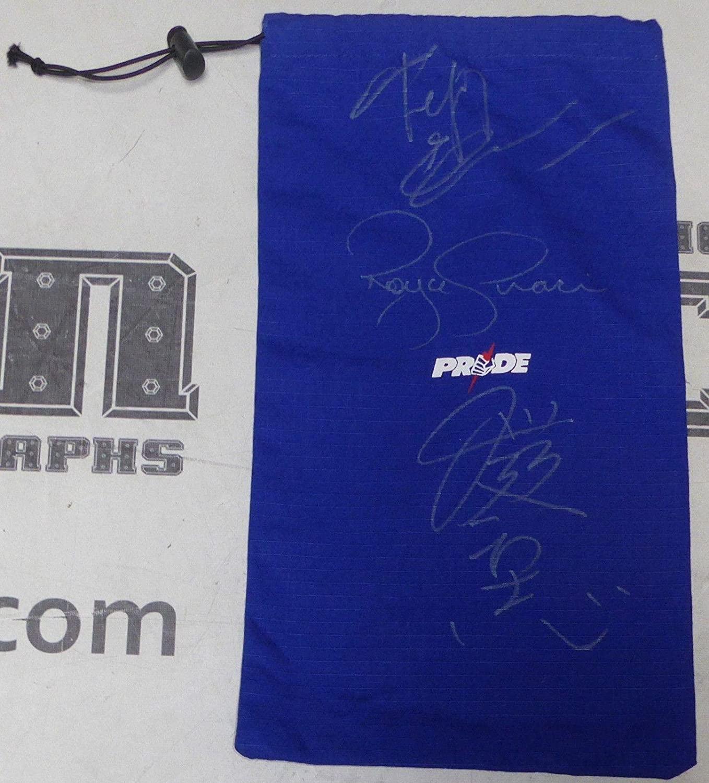 Royce Gracie Fedor Emelianenko Kazushi Sakuraba Signed Pride Glove Bag BAS COA - Beckett Authentication
