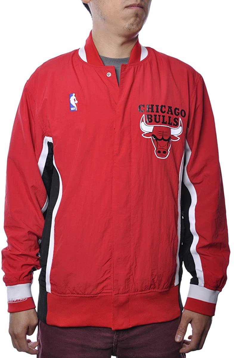 Mitchell & Ness The Chicago Bulls Warm Up Jacket