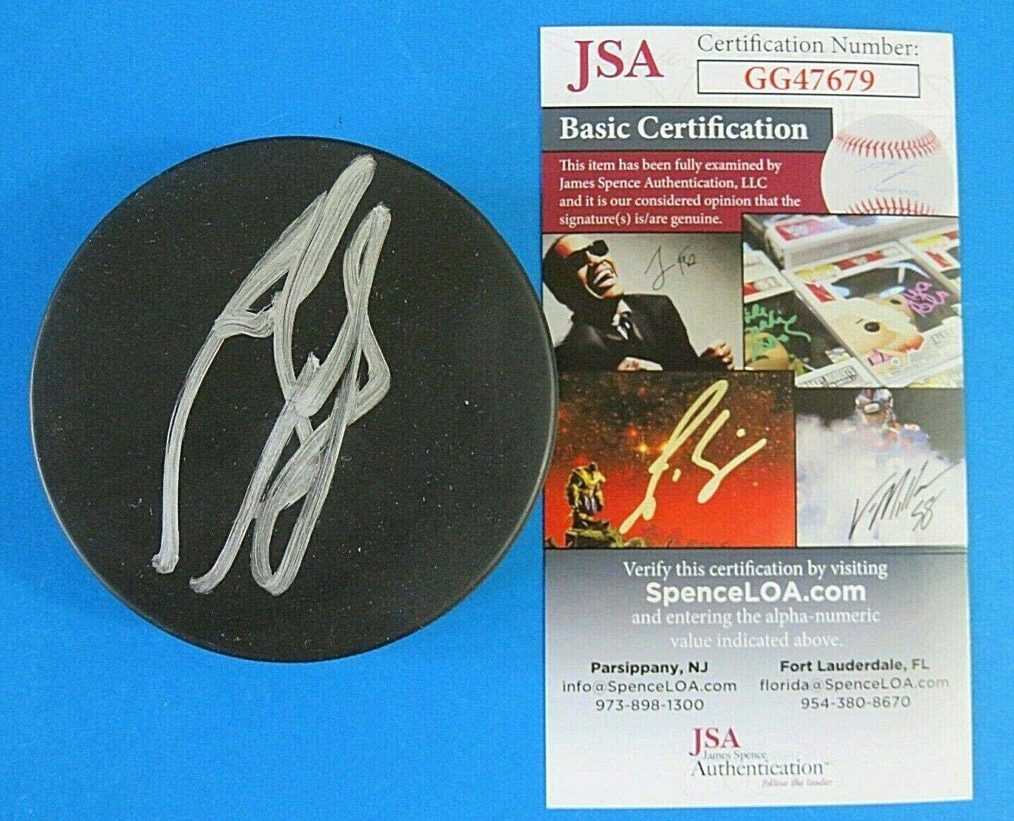 Autographed Ron Francis Hockey Puck - ~ HOF ~ GG47679 - JSA Certified - Autographed NHL Pucks