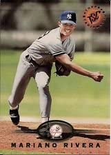 1995 Topps Stadium Club #592 Mariano Rivera New York Yankees Rookie Card Shipped in an Acrylic Case