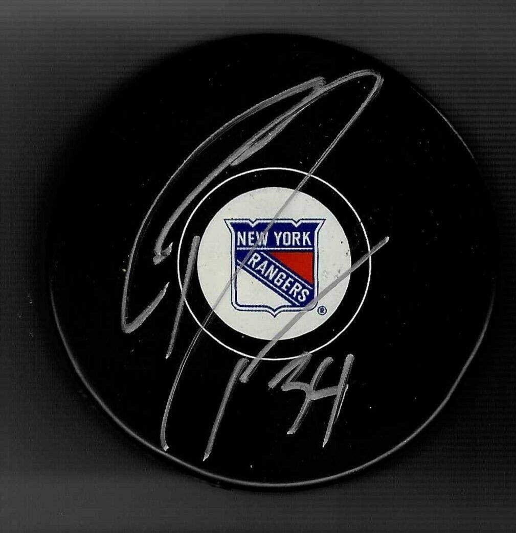 Gordie Dwyer Autographed Puck - Autographed NHL Pucks