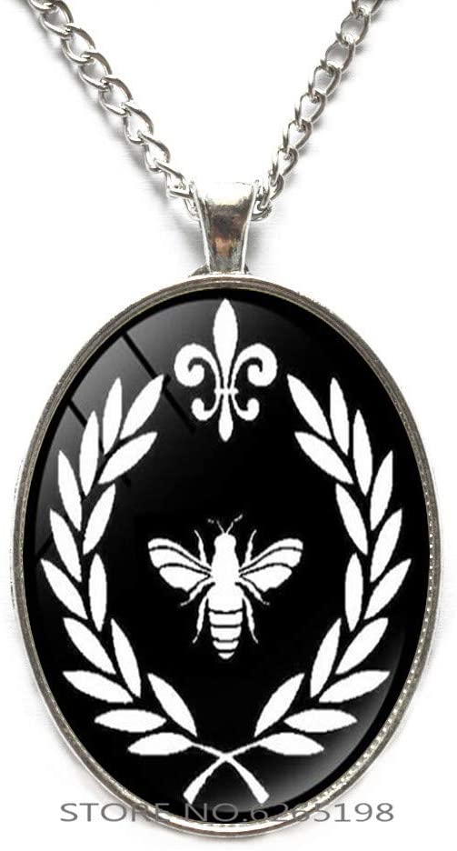 Bee Necklace, Bee Jewelry, Honey bee Necklace,Honey bee, Bee Keeper Gift,Queen Bee Necklace Bee Jewelry,N094