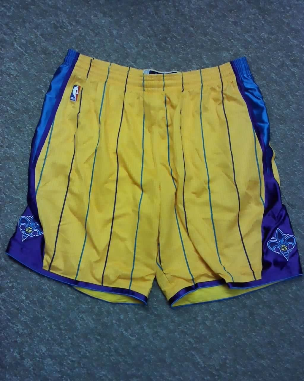 Aaron Gray New Orleans Hornets Game Worn Shorts