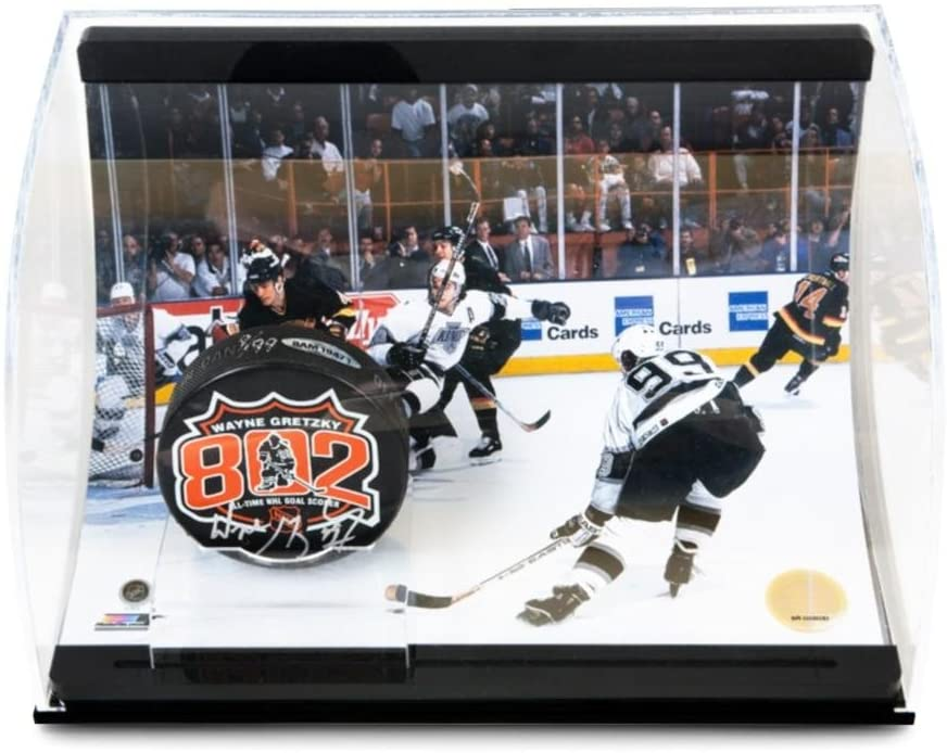 Wayne Gretzky Signed 802 Puck with 802 Goal Picture Curve Display - Upper Deck Certified - Autographed NHL Pucks