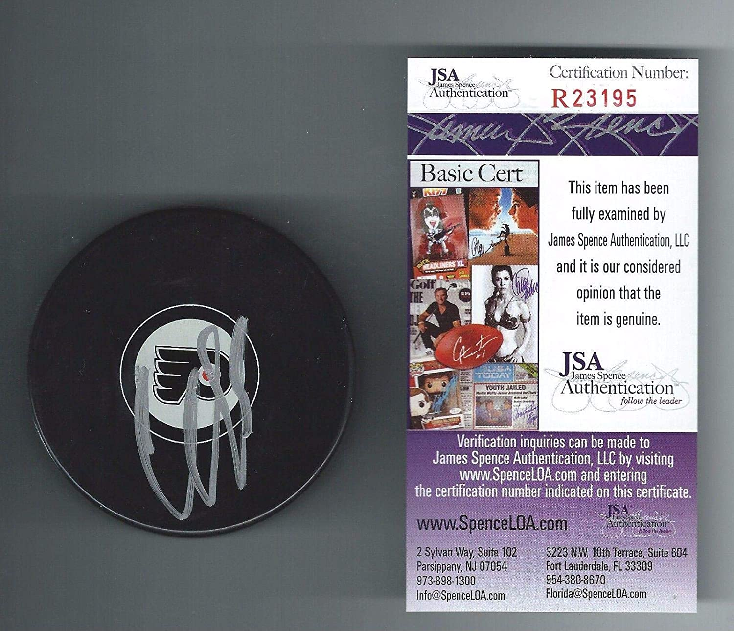 Claude Giroux Autographed Puck - Authenticated - JSA Certified - Autographed NHL Pucks