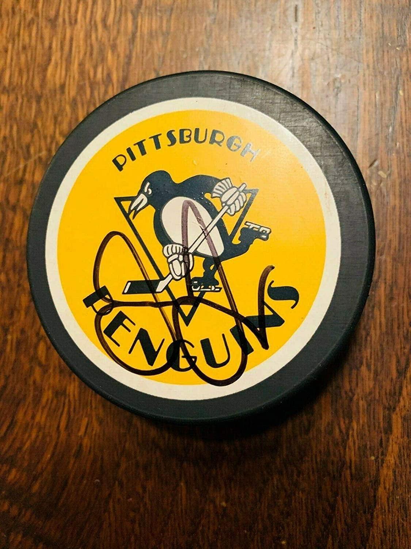 Autographed Jaromir Jagr Hockey Puck - 1992 Stanley Cup Hh54917 - JSA Certified - Autographed NHL Pucks