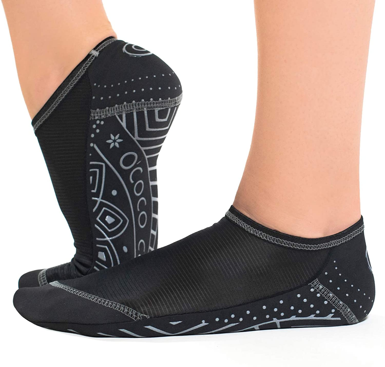 OCOCOcolors grip pilates barre dance socks - non slip - closed toe for yoga & ballet
