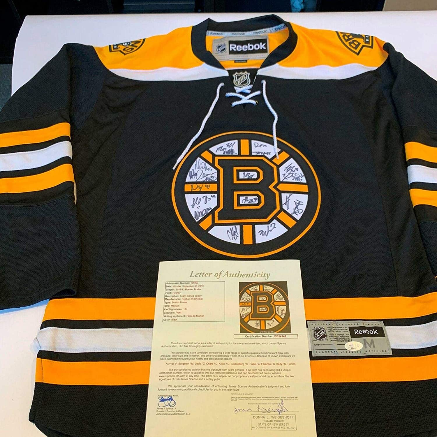 2012-13 Boston Bruins Team Signed Authentic Reebok NHL Jersey With COA - JSA Certified - Autographed NHL Jerseys