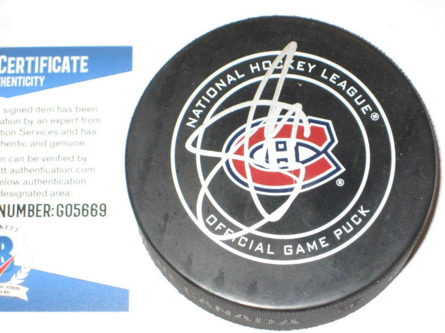 Shea Weber Autographed Signed Official Montreal Canadiens Game Puck With Beckett COA