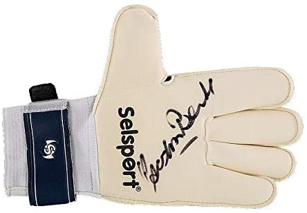 Gordon Banks Signed Glove - Variation 3 Autograph - Soccer Autographed Miscellaneous Items