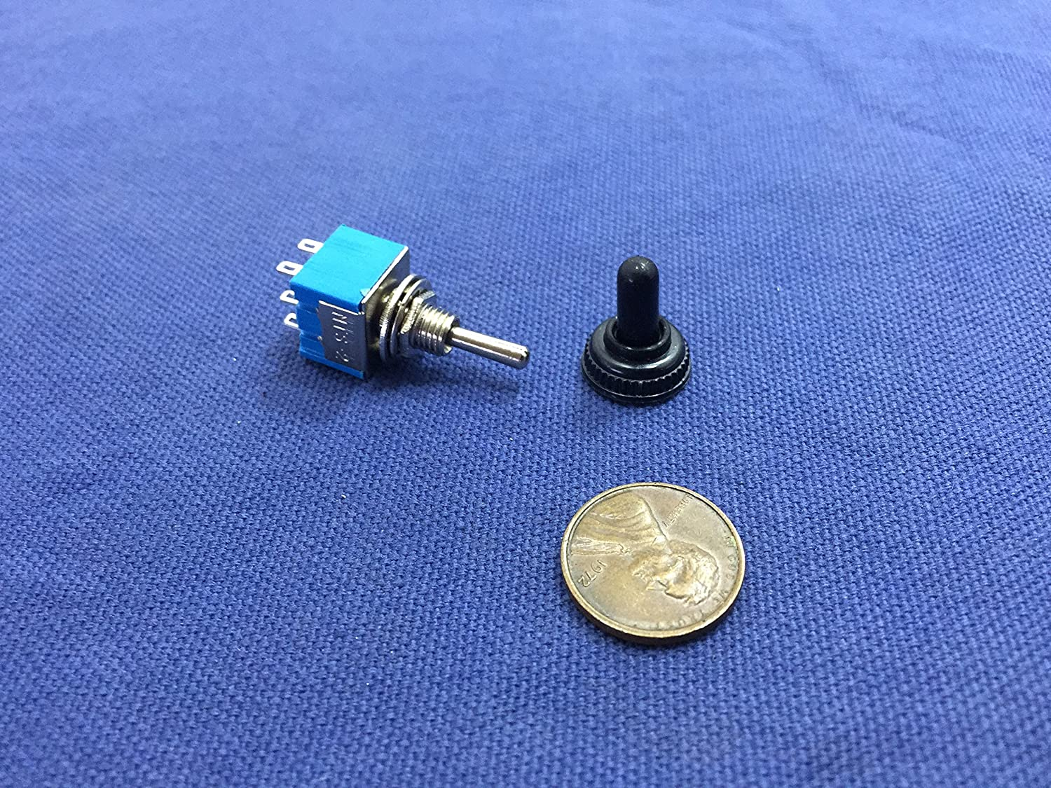 1 Piece Waterproof Boot Cap Blue on Off on Momentary Mini Toggle Switch 1/4 C8