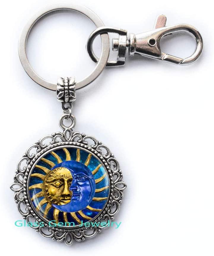 Sun and Moon Key Ring, Sun and Moon Keychain, Sun Face Keychain, Sun Rays, Sun Keychain, Boho Keychain, Boho Jewelry, Astrology Keychain,Q0070