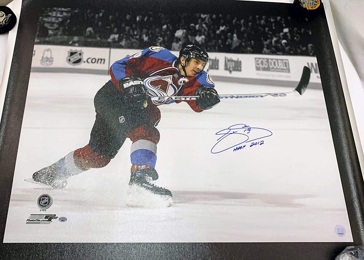 Joe Sakic Autographed Canvas LSM COA - Autographed NHL Art