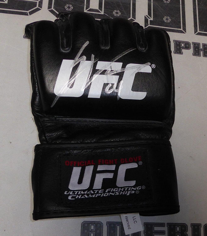 Jamie Varner Signed Official UFC Fight Glove COA Autograph 155 146 68 62 - PSA/DNA Certified - Autographed UFC Gloves
