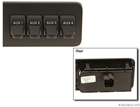 Motorcraft W0133-2089302 Instrument Panel Voltage Regulator Switch