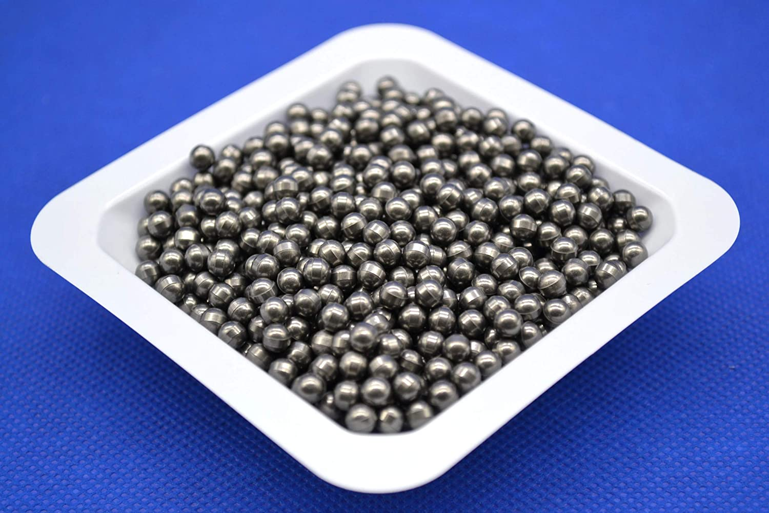 4 mm Tungsten Carbide (WC-Co) Balls for Grinding and Milling, 1kg