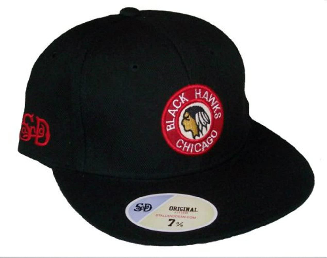 Genuine Merchandise Chicago Blackhawks Vintage Logo Black Fitted 8 Hat Cap