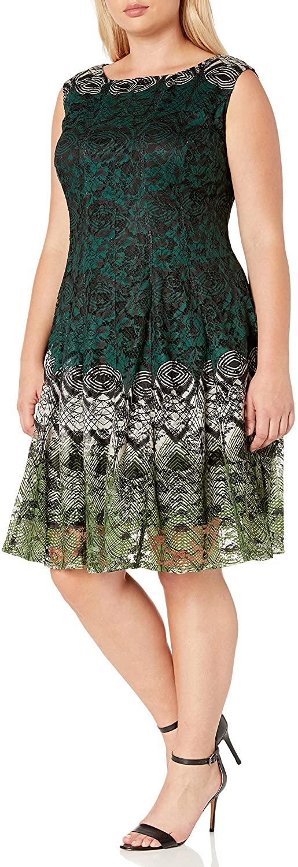 Gabby Skye Women's Plus Size Cap Sleeve Round Neck Printed Lace Dress