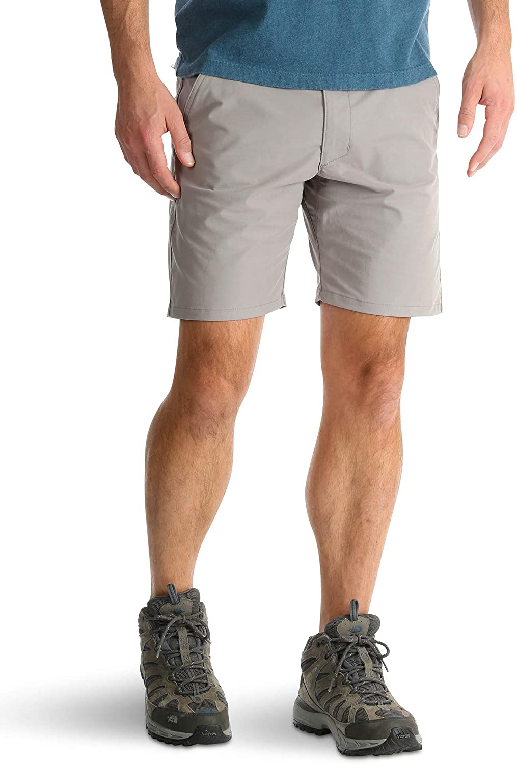 Wrangler Light Gray Outdoor Performance Relaxed Fit at Knee Flex Cargo Shorts