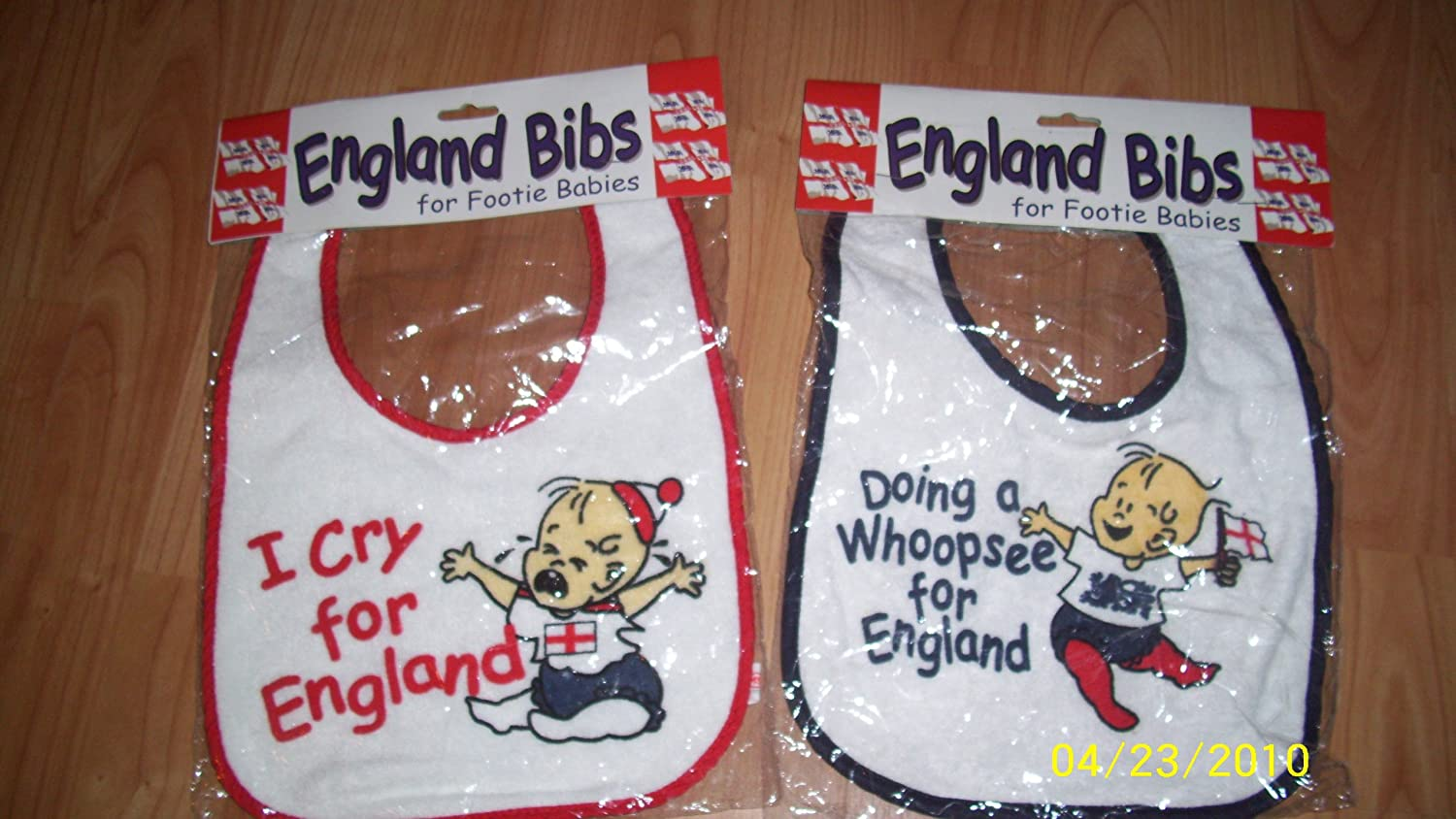 PMS England Baby BibSupplied at Random (Dispatched from UK)